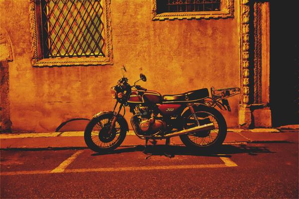 Honda CB in Verona