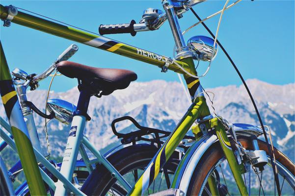 Unser Hercules Fahrrad das die Fahrt von Bozen nach Verona entlang der Etsch gut überstanden hat. Nur die Torpedo Dreigang schwächelt etwas.
