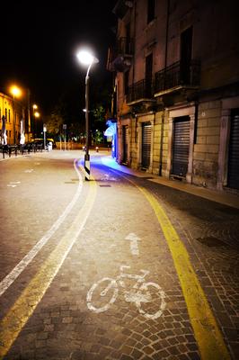 Verona Radweg in dr Nacht