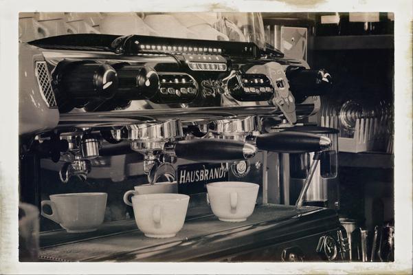 Hausbrandt Kaffeemaschine - der letzte Esspresso in Verona
