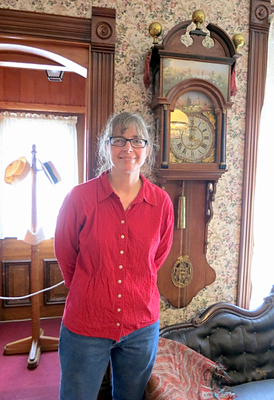 Visitor Dawn U. informed us that her grandmother, Theresa Tolsma, donated this rare Frisian Staartclock in 2000.