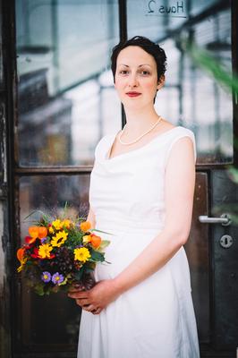 Brautkleid für die schwangere Braut