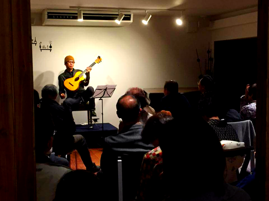 2015.12  金谷幸三【19世紀ギターで聴くギター古典名曲集】