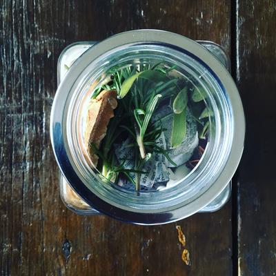新宿ニュウマン ワークショップ「香りを楽しむインテリアボトル」