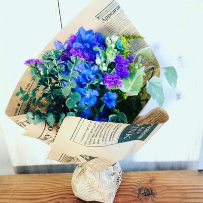 4月 ボタニカフラワースクール1dayレッスン「青と紫のナチュラルブーケ」