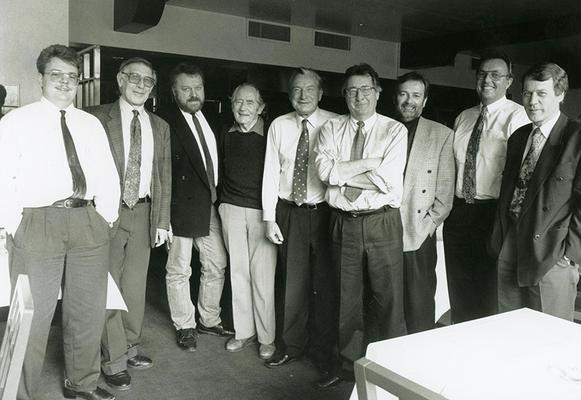 16. Dezember 1992 Vorstand des Liechtensteiner Presseclubs im Hotel Real Foto: Brigitt Risch, Schaan