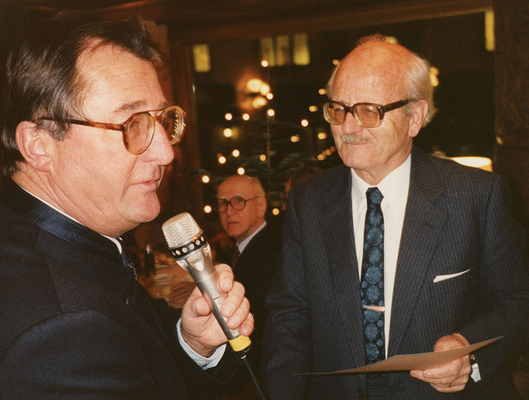 19. Dezember 1990 Ernennung von Adulf Peter Goop zum Ehrenmitglied des Liechtensteiner Presseclubs
