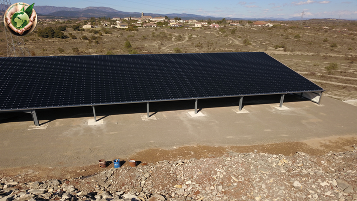 hangar photovoltaique Ardèche sur la commune Lablachère 07230 Eco Solution Energie