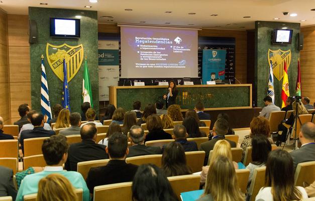 Conferencia Directivos de RRHH (Con Talento & APD (Asociación Progreso Dirección), Málaga)