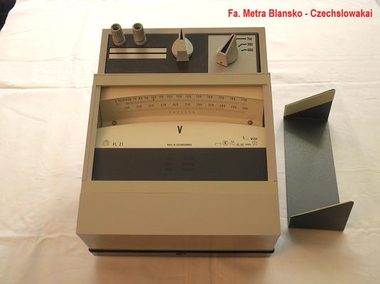 Bild 327 - Lichtmarken Voltmeter Fa. Metra Blansko Czechslowakai -   Fertigungsjahr 1989