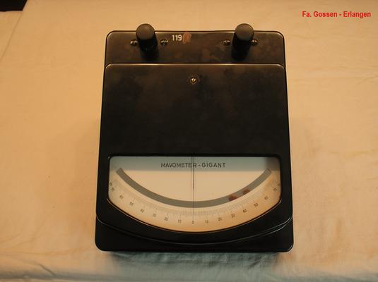 Bild 507 - Fa. Gossen - Erlangen - Labor Messgeräte Mavometer Gigant Typ. 3  mit Vor u. Nebenwiderstände - Fertigungsjahr  1950