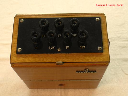 Bild 473-1 - Siemens & Halske - Berlin - Labor Voltmeter Gleichspannung bis 30,0 Volt - Fertigungsjahr 1958