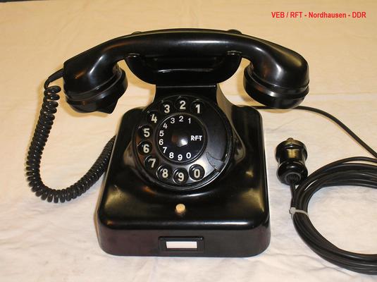 Bild 463 - VEB / RFT - Nordhausen - DDR - ZB Telefon Modell W 38 - Fertigungsjahr 1957