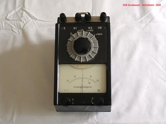 Bild 183 - VEB Gerätewerk Schlotheim DDR  Erdungs - Messgerät.  Fertigugsjahr 1960