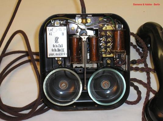 Bild 374-1 - Telefon W 28 Modell 26 - Fa. Siemens & Halske Berlin - Fertigungsjahr 1934