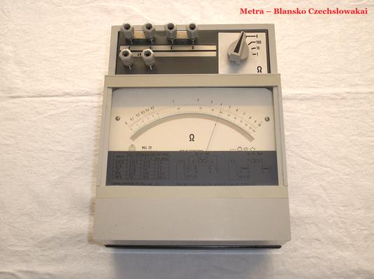 Bild 492 - Metra - Blansko - Czechslowakia - Präzisions Widerstandsmessgerät Typ. MkL 20 - Fertigungsjahr ca. 1984