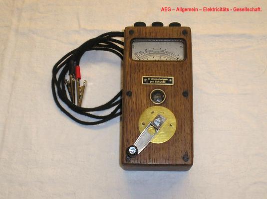 Bild 477 - Fa- AEG - Allgemeine - Elektricitäts - Gesellschaft - Berlin - Isolationsmesser / Voltmeter Gleichstrom - Fertigungsjahr  1928