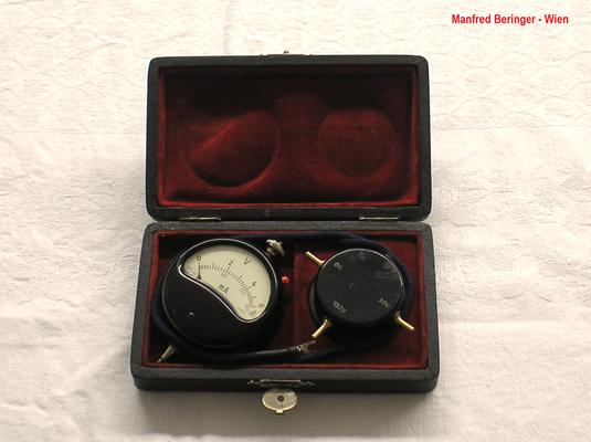Bild 495 - Manfred Beringer - Wien - Taschen Voltmeter mit Nebenschluss und Vorschaltdose - Fertigungsjahr ca. 1945