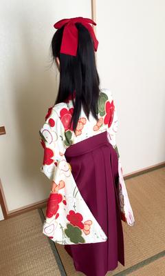 2016.3 小学校卒業式に袴姿で