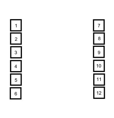 Anordnung der Vitrinen dunkelblaues Zimmer 4