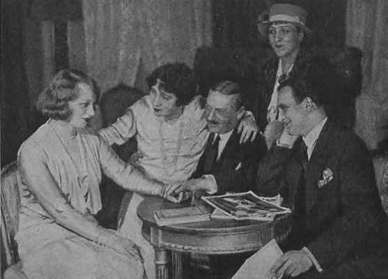 Maria Modzelewska Maria Przybyłko-Potocka Stanisław Stanisławski Mira Zimińska Tadeusz Wesołowski w sztuce Lekkomyślna siostra ( T.Mały Warszawa 1931 )