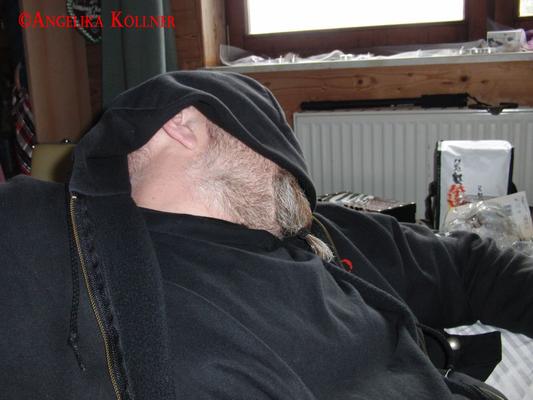 Ein kleines Nickerchen am Mittag hat noch niemandem geschadet. #Ghosthunters #paranormal #Spuk