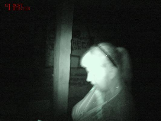 PU-Gast Nicole während der ESP-Sitzung im 1. OG. #Ghosthunters #paranormal #ghosts #geist