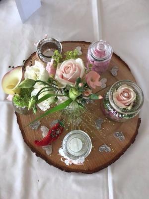 Alma Cilurzo Hochzeitssängerin Hochzeitslocation Hochzeitstipp Sempachersee Ruderclub Blumen Dekoration