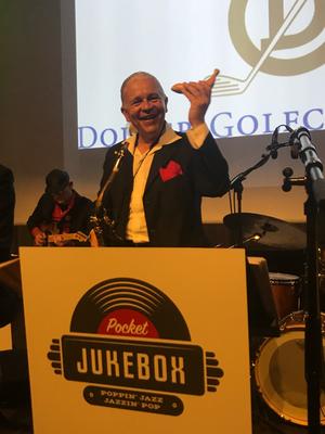 Alma Cilurzo Jazzsängerin mit Jazz Band Pocket Jukebox Peter Wespi Zürich Dolder