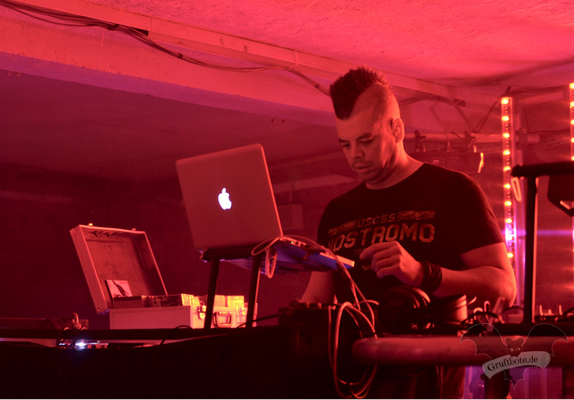 DJ Faderhead, Dark Tower Party 7 / Foto: Batty Blue