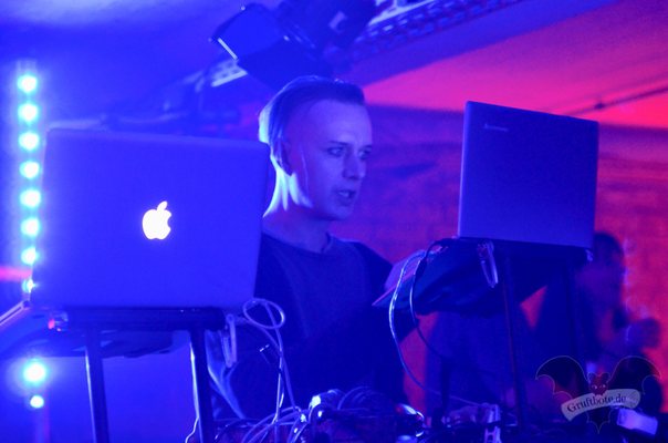 DJ Sven Friedrich (Solar Fake), Dark Tower Party 7 / Foto: Batty Blue