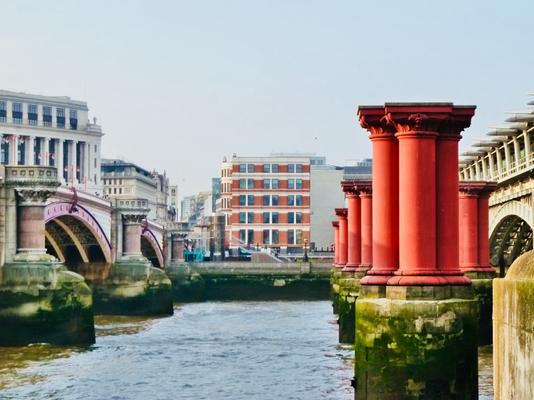 Andere Seite der Themse
