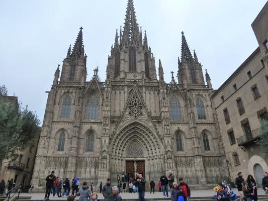 Die Katedrala von Barcelona - Santa Creu i Santa Eulalia