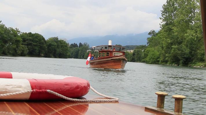 Dampfboot penelope auf der Aare