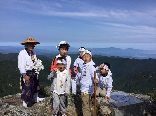 日本岩にて