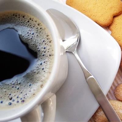 Café, dosettes parfumées pour Senseo et Dolce Gusto, capsules Nespresso.
