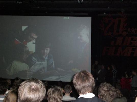"""2007: Unser Kurzfilm """"Die zeitreisenden Lottozahlen"""" beim Mittelfränkischen Jugendfilmfestival im Cinecitta' Nürnberg."""