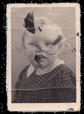 Fotorestauratie_herstellen_zware_beschadiging_oude_foto_portret