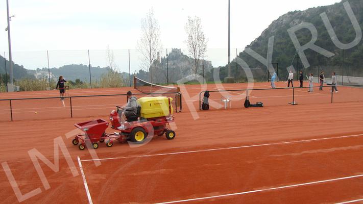 Компания «Лмт-Строй» - занимается строительство грунтовых кортов более 15 лет.