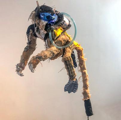 Serie Monos / Esculturas hechas con materiales reciclado / Disponible