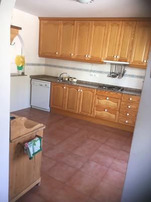 Keuken-Cocina-Kitchen