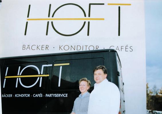 Hildegard und Anton Hoft (IV.) l. n. r.