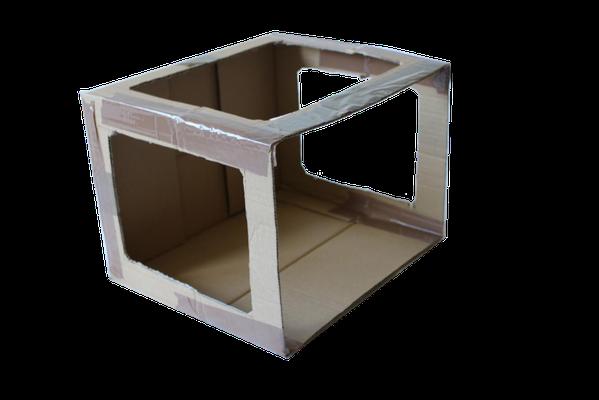 Recorta los lados de la caja que has marcado anteriormente