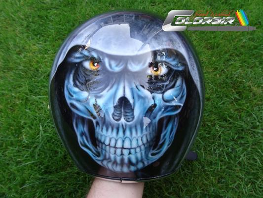 Jet Helm mit Skull Airbrush