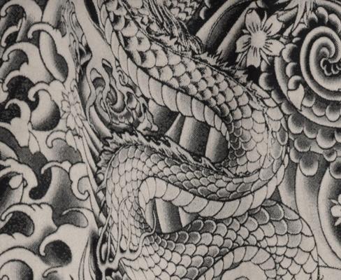 Motifs tissus et papiers peints façon tatouage, JP Gaultier