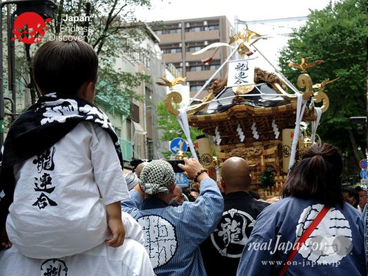 「龍連合」2016年 横浜開港祭 みこしコラボレーション_YH16_025
