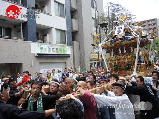「龍連合」2016年 横浜開港祭 みこしコラボレーション_YH16_023