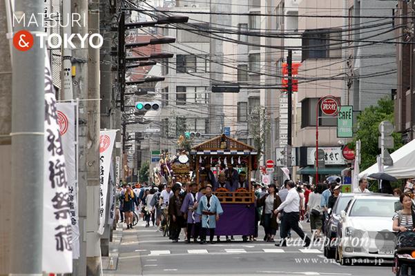 〈下谷神社大祭〉本社神輿渡御 2016.05.08 ©real Japan 'on! (sty16-001)