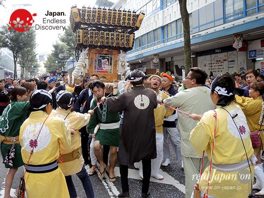 第40回よこすかみこしパレード 2016年10月16日【14. かもめ粋祭會会】YMP16_026