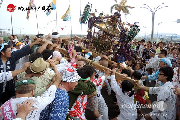 〈2014年 羽田まつり・各町神輿連合渡御〉本一 町会